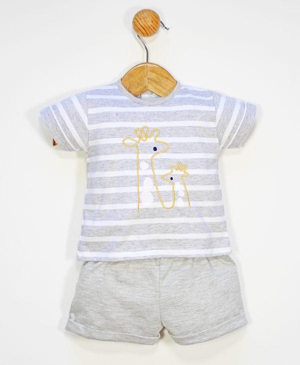 Conjunto dos piezas camiseta manga corta rayas y estampado jirafa y pantalón corto
