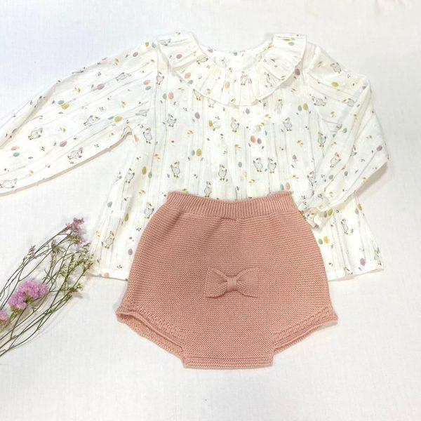 Conjunto dos piezas camisa manga larga de plumeti ocas y culetín rosa palo