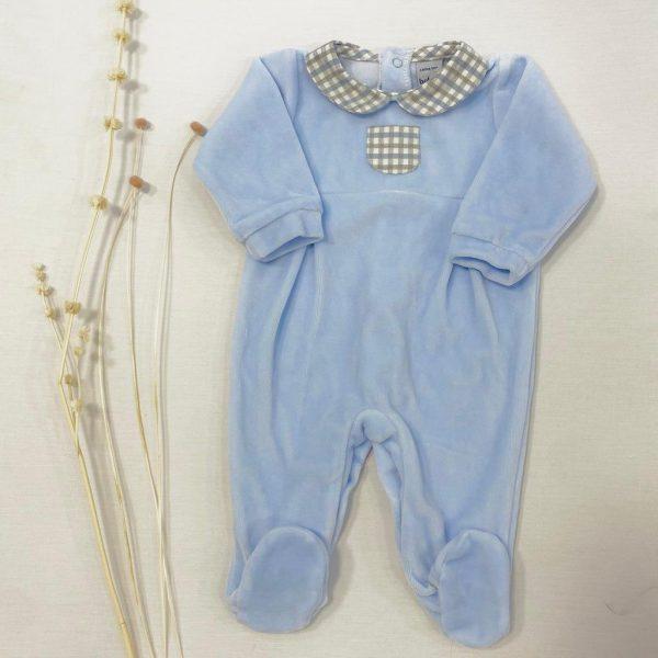 Pelele terciopelo celeste cuello bebe cuadros y bolsillo botones atrás