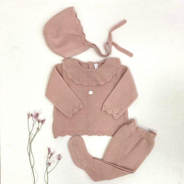 Conjunto tres piezas, cuello volante punto invierno rosa palo