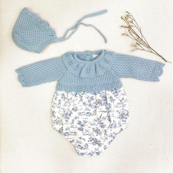 Pelele punto invierno cuello bebé estampado con capota