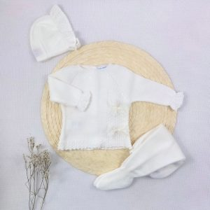Conjunto tres piezas punto invierno jersey ocho lazo polaina y capota a juego crudo